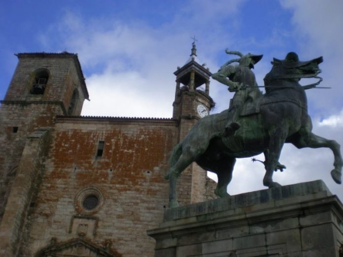 estatua de pizarro trujillo e1556095140617