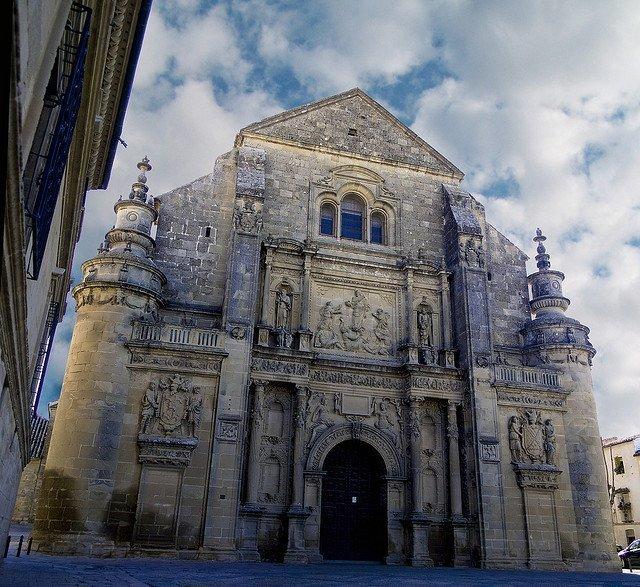 catedral el salvador c3babeda