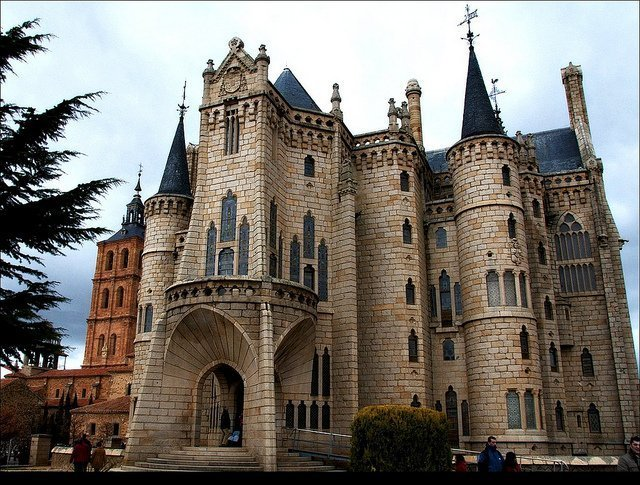 Astorga, la ciudad grandiosa de Plinio (León)