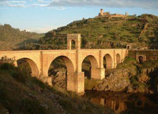puente romano alcc3a1ntara