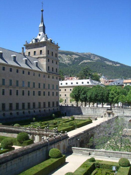el escorial desde los jardines aldanan - El Escorial, la Octava Maravilla del Mundo (Madrid)