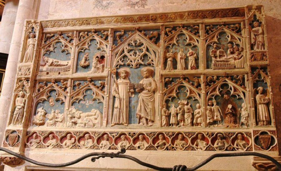 santa maria de montblanc   retaule josep renalias1 - Montblanc y su imponente recinto amurallado de origen medieval (Tarragona)