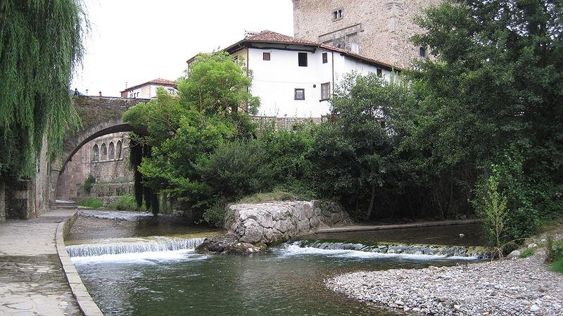 800px quiviesa deva rodelar - Potes: la villa de los puentes (Cantabria)