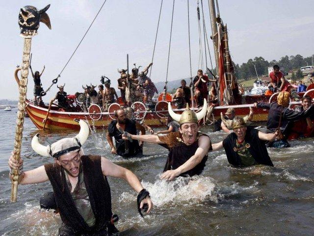 Catoira: llegan los vikingos (Pontevedra)