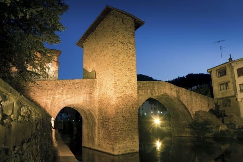 Balmaseda: entre prófugos y boinas (Vizcaya)