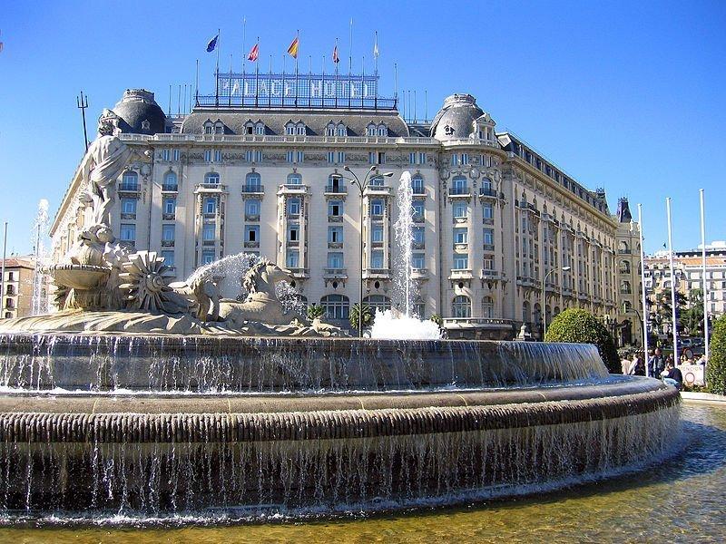 Plaza de Cánovas del_Castillo hotel palace_(Madrid)