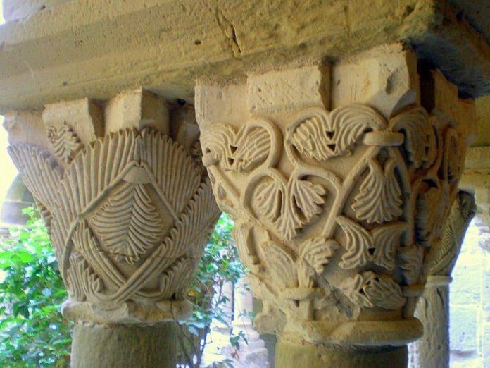 claustro  monasterio de sant benet de bages sant fruitc3b3s de bages
