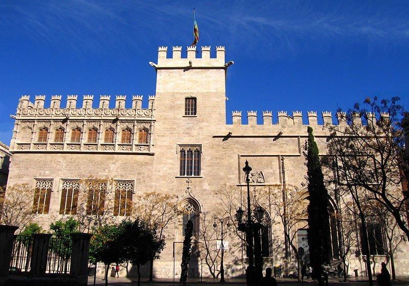 Lonja de la Seda: la joya del gótico civil (Valencia)