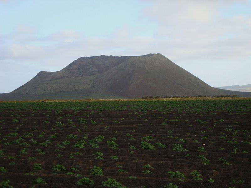 volcan_lanzarote_la_corona
