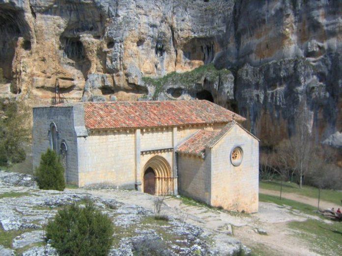 ermita de san bartolomc3a9 en ucero