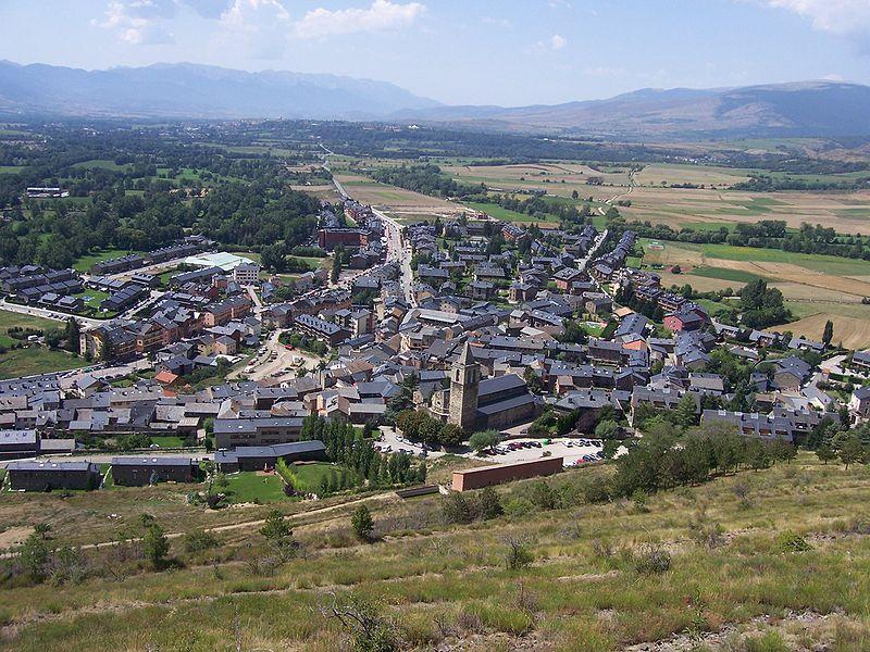 Llívia: un curioso enclave español en Francia
