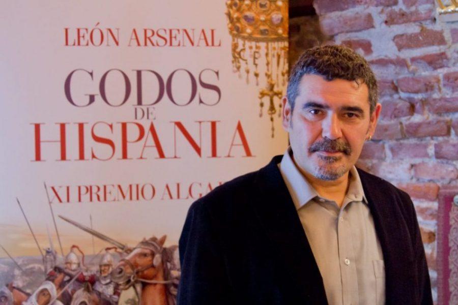 León Arsenal: «La terminación en Z de los apellidos viene de los godos»