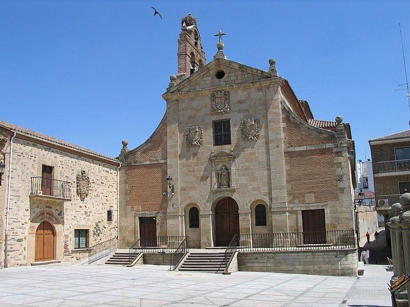 Alba de Tormes Iglesia de San Juan de la Cruz - Alba de Tormes: cantada por poetas y guerreros (Salamanca)