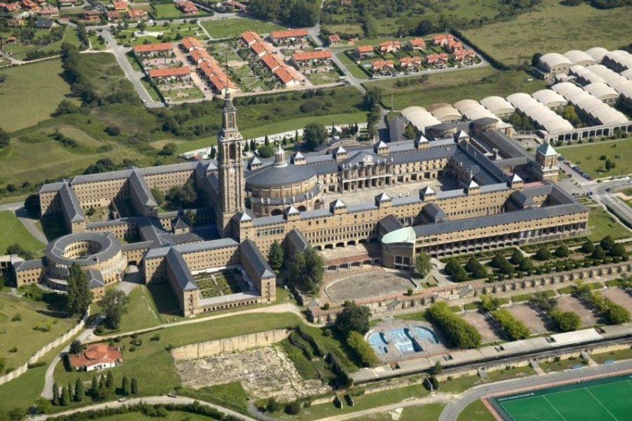 Universidad Laboral de Gijón, el edificio más grande de España (Asturias)