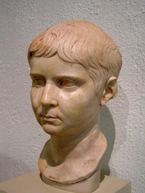 busto romano ercavica museo cuenca