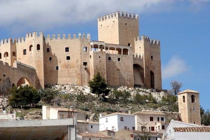 Vélez Blanco y la historia del expolio del patio de su castillo (Almería)