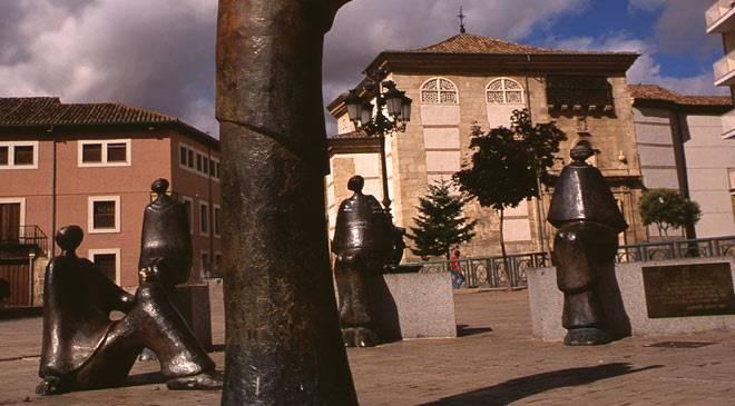 monumento universidad palencia t3400545.jpg 1306973099 - Universidad de Palencia, la primera universidad que existió en España