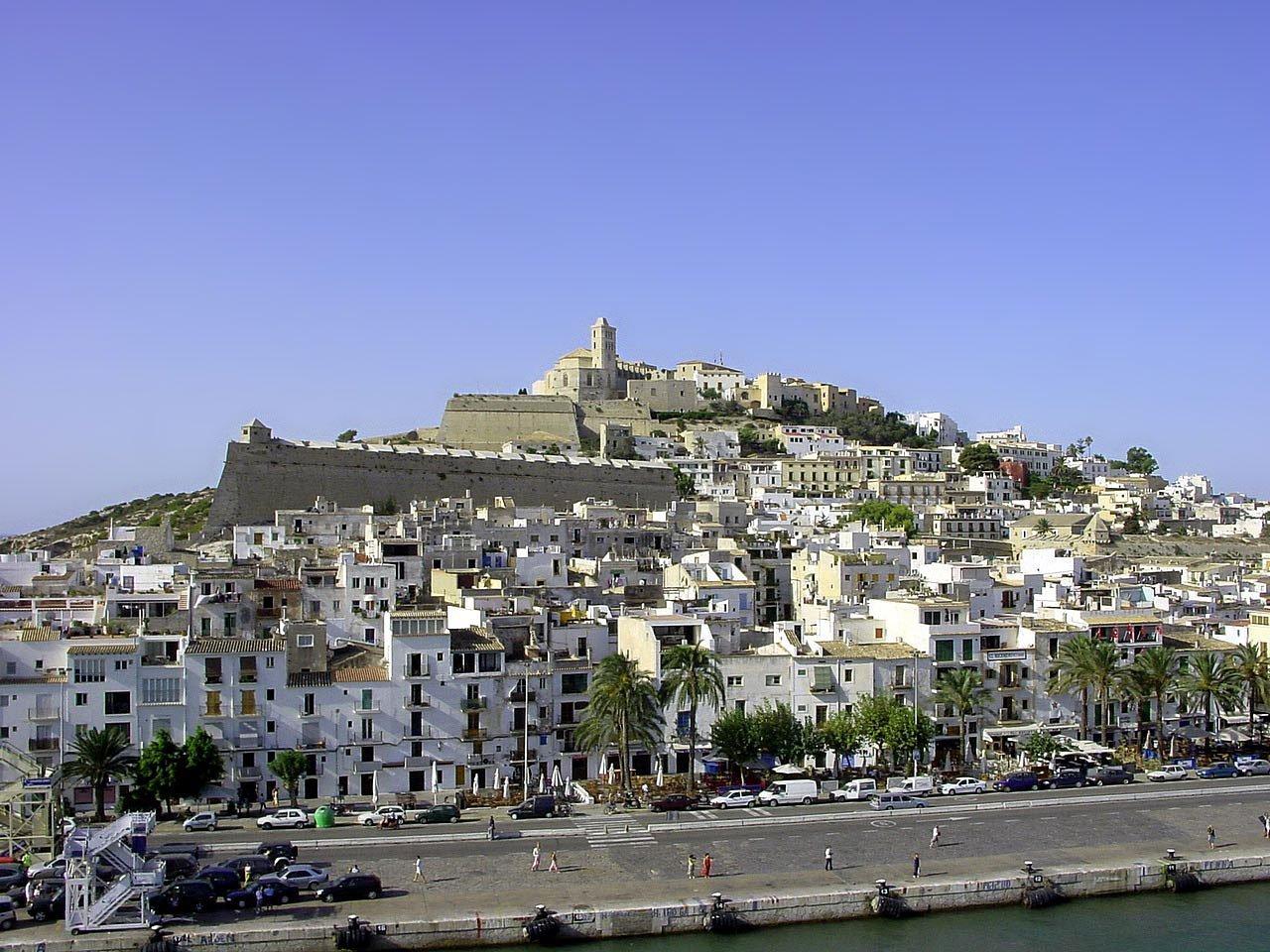 Ibiza y sus murallas