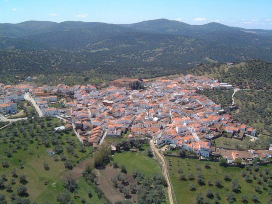Calera de León, cuna de monjes y guerreros (Badajoz)