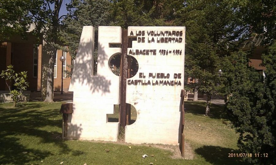 monumento albacete_brigadas