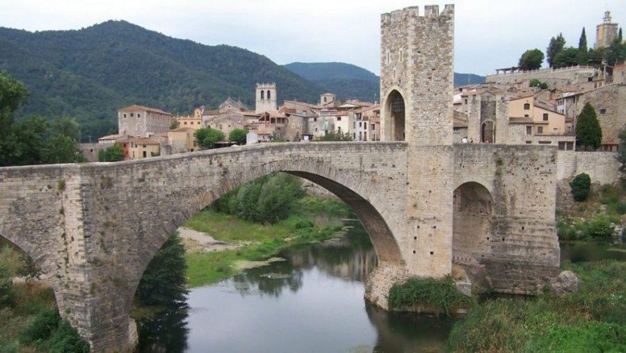 puente Besalu