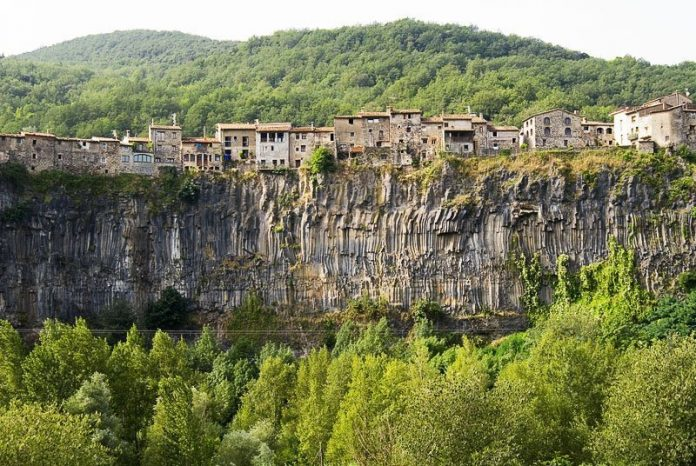castellfollit_lugares_historia