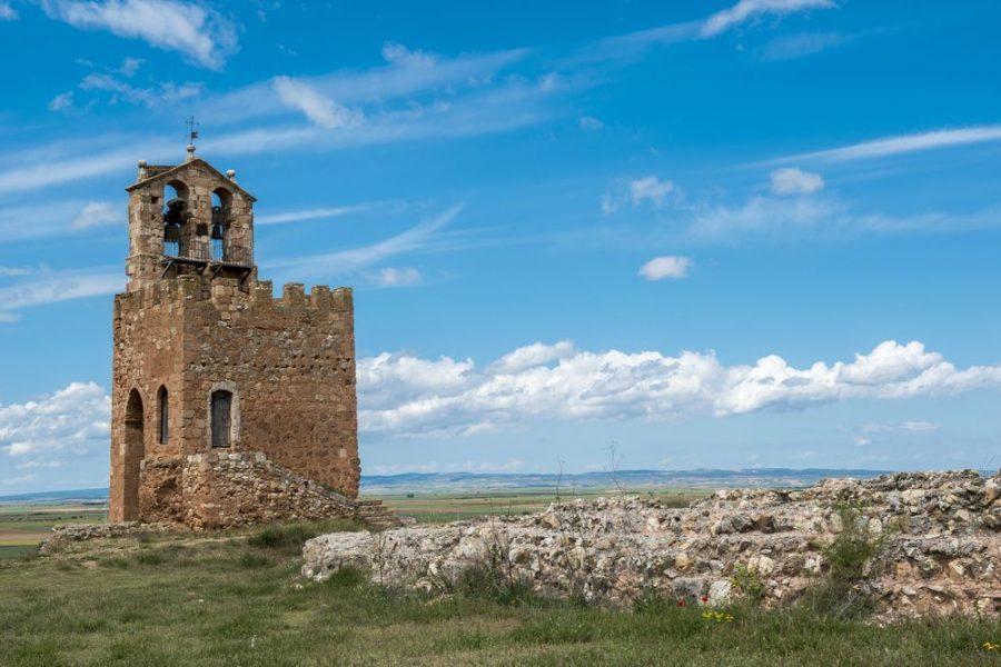 El milagro de las cruces de Ayllón, una villa deseada por nobles (Segovia)