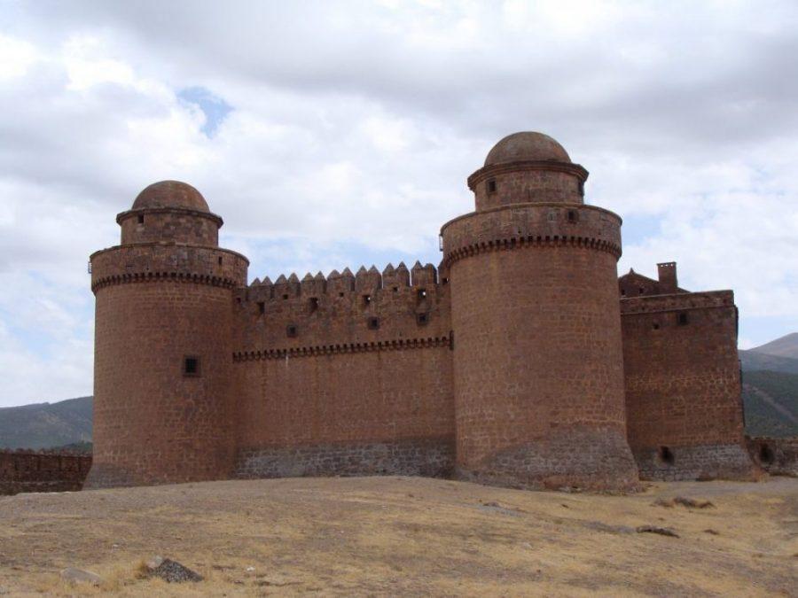 Castillo de la Calahorra: un palacio del Renacimiento contra el avance morisco