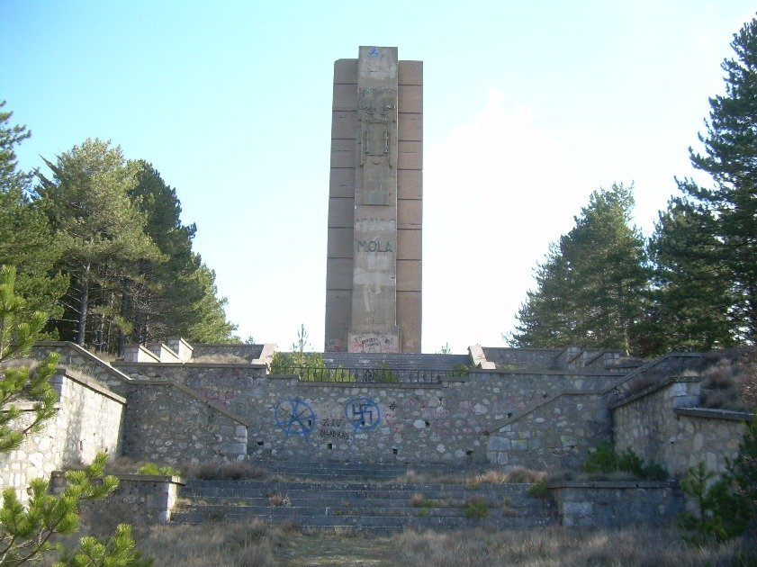 La sombra alargada de Franco pervive en varios pueblos de España