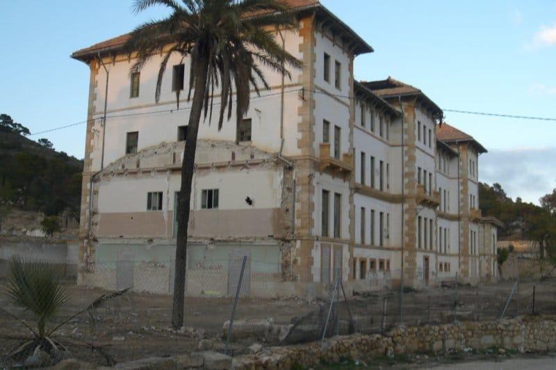 Centros de internado franquistas: campos de concentración para menores