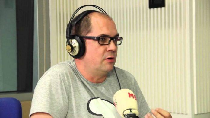radio_ares