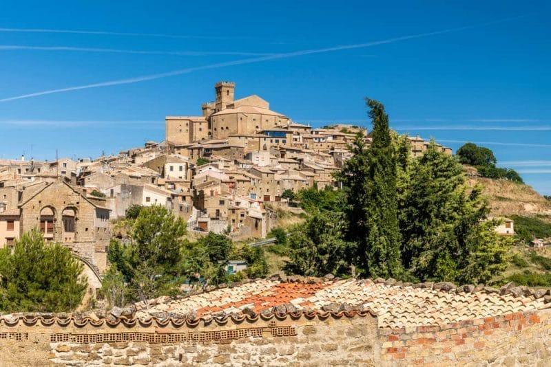 vista general ujue e1603123506567 - La Edad Media se detiene en Ujué (Navarra)