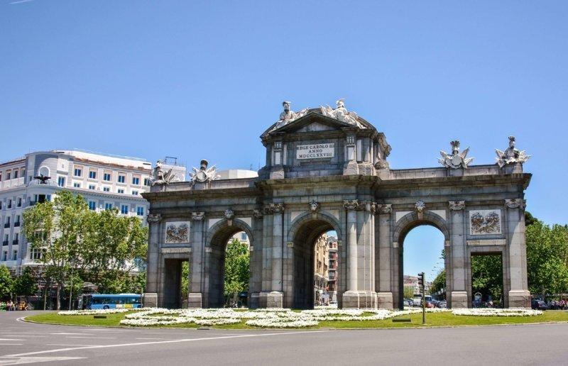 alcal_puerta_madrid