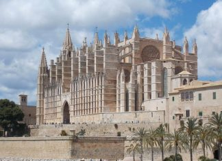 cathedral of saint mary 1740749 1280 compressor e1521006275218