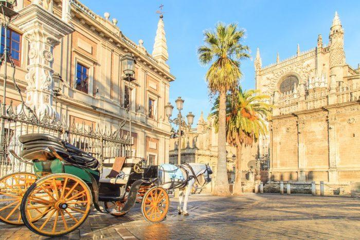 Centro histo%CC%81rico Sevilla e1554184215929 - Sevilla: la historia de la ciudad con duende
