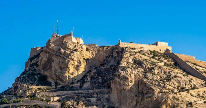 Castillo Santa Barbara 1 e1585416192163 - Alicante: historia y leyenda del castillo de Santa Bárbara
