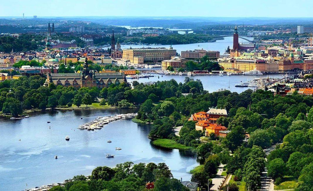 Estocolmo Image by brightfreak from Pixabay  e1621403651390